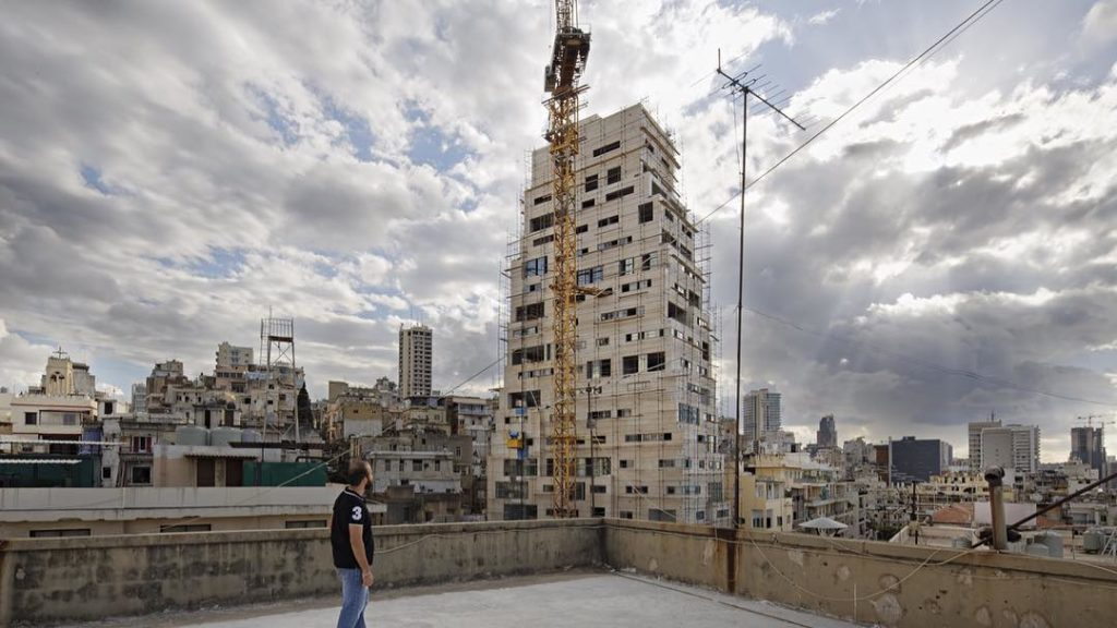 The construction of Aya Tower in Mar Mikhael (Camille Gharbi)