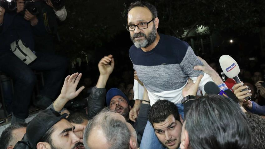 Lebanese actor Ziad Itani speaks to the press after his release in 2018 (AFP/Getty Images)